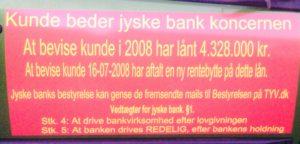 Faktisk gider vi slet ikke denne kamp imod jyske bank Ville hellere lave noget mere morsomt, men det er jo en folk kriminelle bestyrelses medlemmer vi er oppe i mod, og de danner ramme for selve fundamentet i jyske bank. Og forståelsen af bankens vedtægter om at drive en redelig bankvirksomhed - Vedtægter § 1 Stk. 1: Bankens navn er Jyske Bank A/S. Stk. 4: Bankens formål er som bank og som moderselskab at drive bankvirksomhed efter lovgivningen Stk. 5: Banken drives i overensstemmelse med redelig forretningsskik, god bankpraksis og bankens værdier og holdninger :-) :-) ER DANSKE BANK 'ER IKKE TIL AT STOLE PÅ ! :-) DET ENSTE VI ØNSKER ER DIALOG OG ET MØDE MED JYSKE BANK. SOM SKREVET RIGTIG MANGE GANGE FØR, VIL VI GERNE HAVE LIVET JYSKE BANK STJÆLER TILBAGE. :-) LAD OS NU MØDES HAR JO SAGT AT HAR JYSKE BANK RET, SÅ BETALER VI GERNE, I BEHØVER IKKE UDSÆTTE OS FOR DETTE VANDVID AF ONDSKAB :-) ØNSKER BARE AT MØDES MED JERES LEDER CEO ANDERS CHRISTIAN DAM Dette er ikke lykkes at få noget møde i stand, da jyske bank nægter, og ønsker fortsat at vil bedrage os, og i retten vil forsøge at stikke bankens glødende smøg i såret efter 10 års totur. :-) Anders Dam og jer andre se opslag som humor og husk SMS 22227713 er til for dialog og at undgå misforståelser. :-) VI NÆRMER OS HOVEDFORHANDLING DU ER OGSÅ VELKOMMEN HØR KUNDE FORKLARE I RETTEN HVORDAN JYSKE BANK UHÆDERLIGT OG BEVIDST HAR BEDRAGET KUNDER I JYSKE BANK IGENNEM 10 ÅR. :-( OG HØR BESTYRELSES MEDLEMMET PHILIP BARUCH FOR JYSKE BANK FORKLARE SIG, PÅ BESTYRELSENS OG LUND ELMER SANDAGERS VEJNE :-) Dertil kommer de vidner kunde før har nævnt :-) :-) Imens alle ansatte i jyske bank sikkert bare griner af foragt, over for den dumme kunde banken bedrager, men kunden kæmper alligevel fortsat imod gigant svindel banken fra Jylland :-( Jyske bank forsøger at bedrage kunde i 20 år, en stensikker plan tænker Anders Dam nok Hvem støtter og dækker over Jyske Banks bedrageri imod erhvervs kunde, det kan være Nykredit er med på listen 