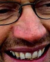 Her under kommer opråb til alle medarbejder i jyske bank. - Jyske Banks koncern ledelse - Jyske Banks mange advokater - Alle de advokater jyske bank benytter til i retten at lyve om at vi har lånt 4.328.000 kr. Som er usandt Skrevet pænt - Kære Anders Skal vi ikke mødes Det må være muligt at komme i dialog - Er der en grund til at jyske bank ikke vil tale med os. - Er det os der bedrager jyske bank Eller Er det jyske bank der bedrager os - For er det jyske bank der udsætter os for bedrageri Vil du og din jyske bank ikke godt lade være,